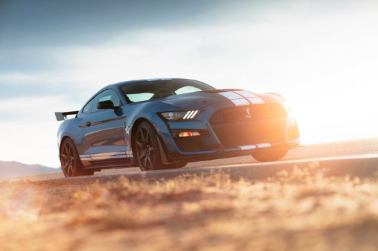 Ford Shelby GT 500.jpg